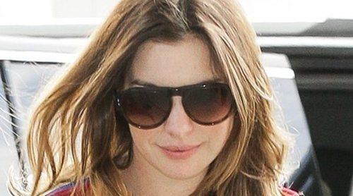 Anne Hathaway advierte a sus fans y 'haters' y explica las razones de su aumento de peso