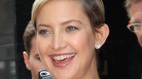 Kate Hudson empieza a lucir barriguita tras anunciar su tercer embarazo