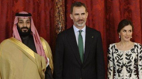 Los Reyes Felipe y Letizia comparten almuerzo con el Príncipe Mohammed Bin Salman de Arabia Saudí