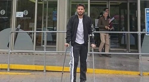 Maxi Iglesias pasa por quirófano para operarse de la rodilla