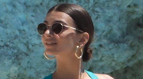 Emily Ratajkowski zanja los rumores de un posible embarazo tras 'alumbrar un fruto'