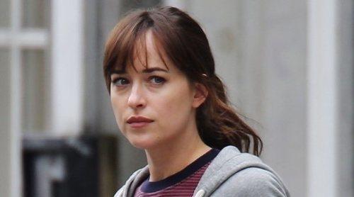 Dakota Johnson confiesa que tuvo que ir a terapia después de rodar la película 'Suspira'