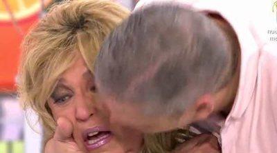 Gustavo González, de los gritos a las lágrimas con sus compañeras de 'Sálvame'