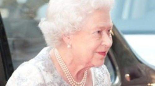 La Reina Isabel II, homenajeada por Paul McCartney, Bono y Emma Thompson en la Academia de las Artes