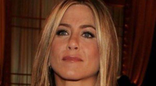 Jennifer Aniston, Dakota Fanning y Meryl Streep homenajean a Shirley MacLaine en los AFI 2012