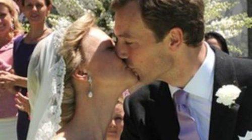 La Familia Real Holandesa, testigo de la boda religiosa de María Carolina de Borbón-Parma y Albert Brenninkmeijer