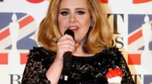 La biografía de Marc Shapiro sobre Adele revela los problemas con el alcohol de la cantante