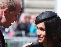 El cariñoso reencuentro entre el Príncipe Guillermo y Meghan Markle tras el nacimiento del Príncipe de Cambridge