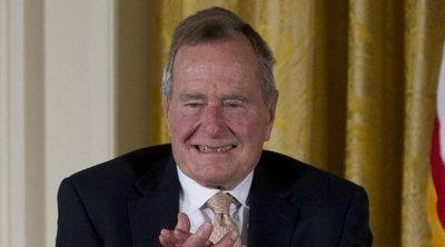 George H. W. Bush se recupera después de tener que ser ingresado en el hospital