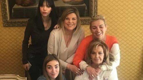 María Teresa Campos celebra el Día de la Madre 2018 con sus hijas Carmen y Terelu y sus nietas
