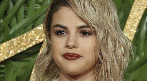 Selena Gomez responde a las críticas por su falso bronceado en la Met Gala 2018