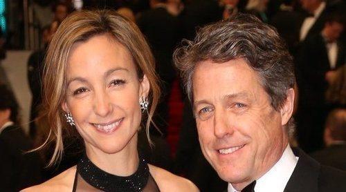 Hugh Grant se casa por primera vez con Anna Eberstein a los 57 años