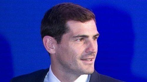 Iker Casillas, tachado de celoso por pedir a Sara Carbonero que enseñe menos muslo en una foto