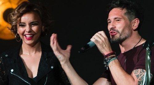 Chenoa y David de María, juntos de nuevo en el escenario: besos, abrazos y mucho cariño