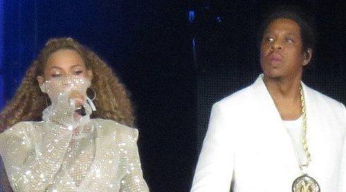 Beyoncé y Jay-Z sorprenden con imágenes de sus gemelos durante el primer concierto de la gira 'On The Run II'