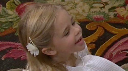 Leonor de Suecia protagoniza el bautizo de su hermana Adrienne: descalza y sin parar quieta