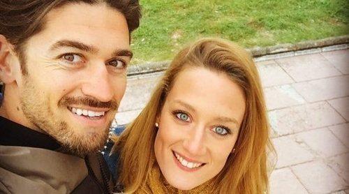 Javier Hernanz y Mireia Belmonte desmienten los rumores de crisis con un romántico mensaje