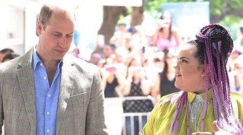 Así ha sido el encuentro entre el Príncipe Guillermo y Netta: bromas y una conversación sobre diversidad