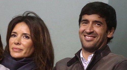 Raúl González dedica un romántico mensaje a Mamen Sanz al cumplir 19 años de casados