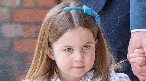 La Princesa Carlota en el bautizo del Príncipe Luis: de su extraña seriedad a su comentario a la prensa