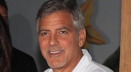 George Clooney, visiblemente afectado tras su accidente de moto en Cerdeña