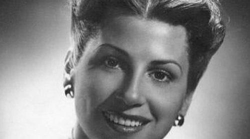 Muere Nancy Sinatra, la primera mujer de Frank Sinatra, a los 101 años
