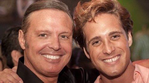 Diego Boneta y Luis Miguel revolucionan a sus fans con una foto en la que muestran su enorme parecido