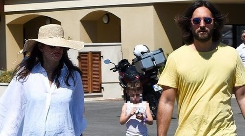 Carlota Casiraghi y Dimitri Rassam disfrutan de Saint Tropez a pocos días ser padres
