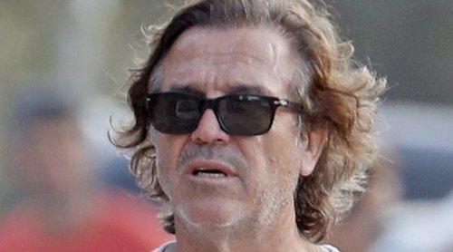 Pepe Navarro vive sus primeras vacaciones de soltero con sus hijos Layla y Darco en Ibiza