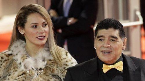 Maradona desmiente la pedida de mano a su novia Rocío Oliva