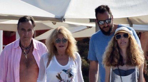 El cumpleaños más multitudinario de Borja Thyssen: de su mujer y sus hijos, a sus padres y hermanas