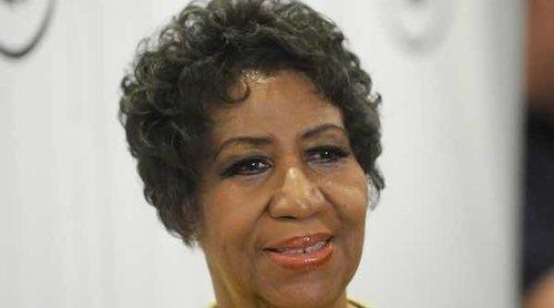 Los fans de Aretha Franklin organizan una vigilia para rezar por la reina del soul