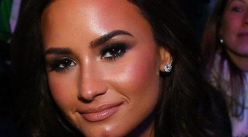 Demi Lovato permanecerá en un centro de rehabilitación durante varios meses tras la sobredosis que casi le cuesta la vida