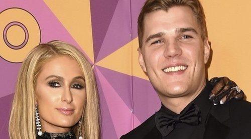 Paris Hilton pospone su boda con Chris Zylka por falta de tiempo