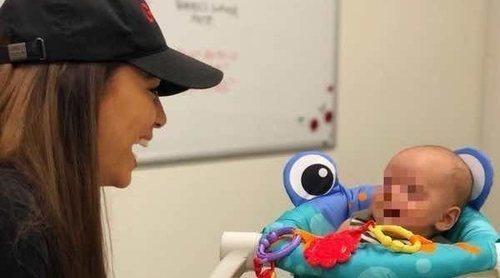 Eva Longoria vuelve al trabajo con su hijo Santiago Enrique como asistente de dirección