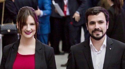 Detenido un hombre por intentar agredir a Alberto Garzón y a su mujer embarazada