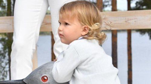 Alejandro de Suecia enamora a todos en su primer acto oficial