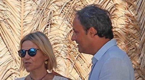 Eugenia Martínez de Irujo y Narcís Rebollo apuran el verano con Carles Puyol y Vanesa Lorenzo en Ibiza