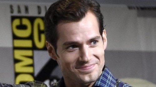 Henry Cavill podría dejar de interpretar a Clark Kent en 'Superman' por una disputa con la productora