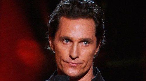 Matthew McConaughey recuerda cómo le salvó la vida a su hijo de diez meses: 'Tuve que lanzarle por los aires'