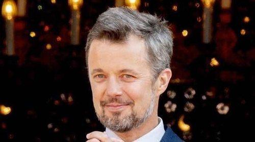 Federico de Dinamarca retoma su agenda dos semanas después de su operación de hernia