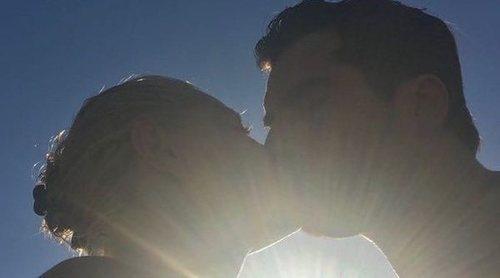 Belén Rueda presume de su amor por Francis Malfatto con un beso lleno de pasión