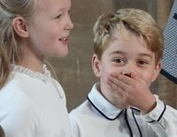 El Príncipe Jorge y Savannah Phillips, dos royals traviesos en la boda de Eugenia de York y Jack Brooksbank