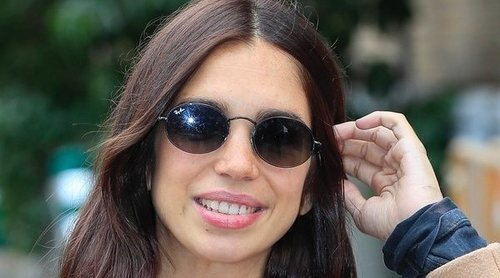 Elena Furiase recibe el alta hospitalaria tras dar a luz a su primer hijo