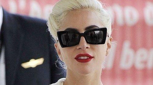 Lady Gaga anuncia que se ha comprometido con Christian Carino