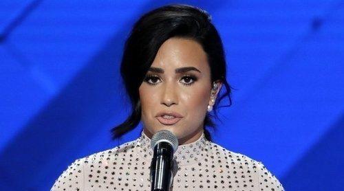 Demi Lovato, pillada en una romántica cena tras su salida de rehabilitación