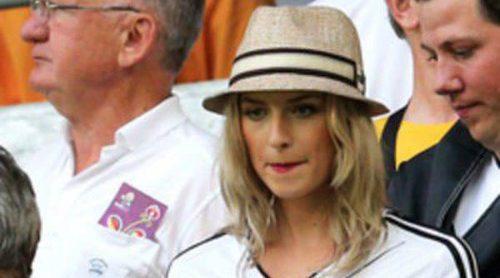 La Eurocopa considera demasiado sexy a Lena Gercke, novia de Sami Khedira
