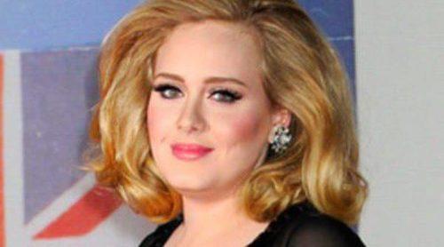 Adele anuncia que está embarazada de su primer hijo junto a su novio Simon Konecki
