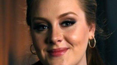 Adele ensaya para ser madre grabando canciones dedicadas a su futuro bebé