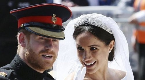 La tiara y el velo que enfrentó a Meghan Markle con la Reina Isabel antes de su boda con el Príncipe Harry